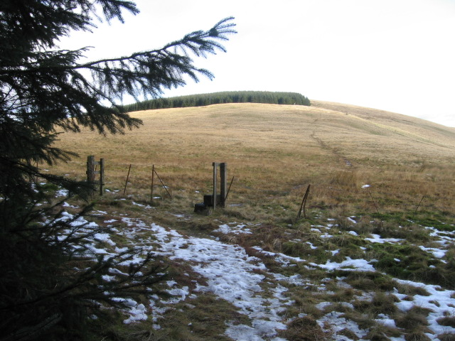 Hillfoot Hill towards Commonedge Hill