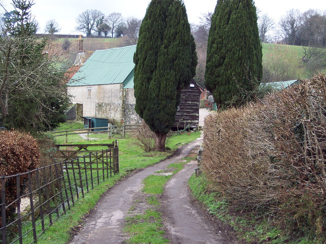 Lower Coombe Farm, Lower Coombe