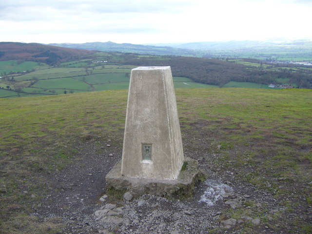 Earl's Hill trig