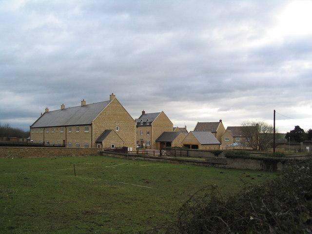 New housing, Stanion