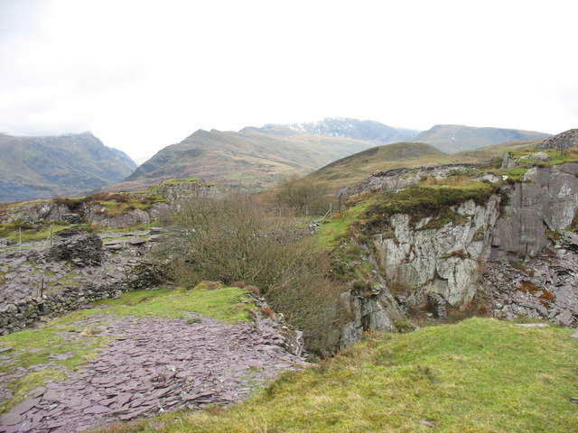 The causeway separating Cook pit east and the upper pit of Upper Glynrhonwy Quarry