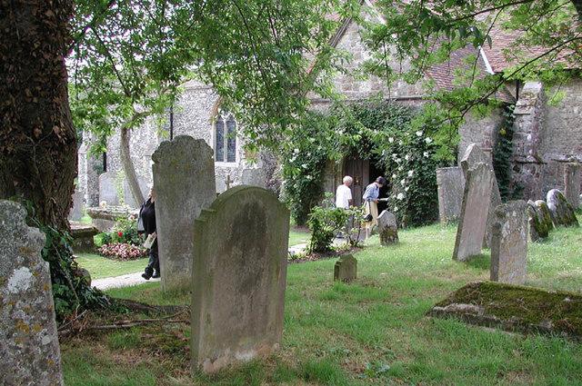 St Peter & St Paul, Shorne, Kent - Churchyard