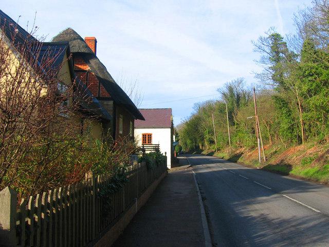 Castle Hill Road, Totternhoe.