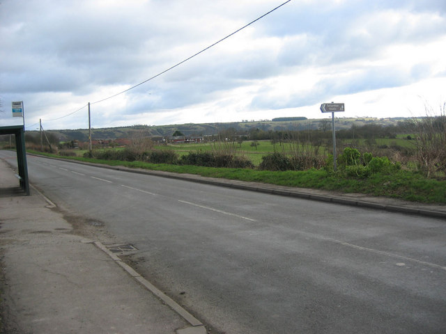 Castle Hill Road, Totternhoe