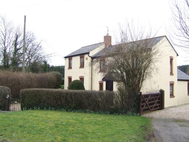 Cottage by Coed-y-fedw crossroads