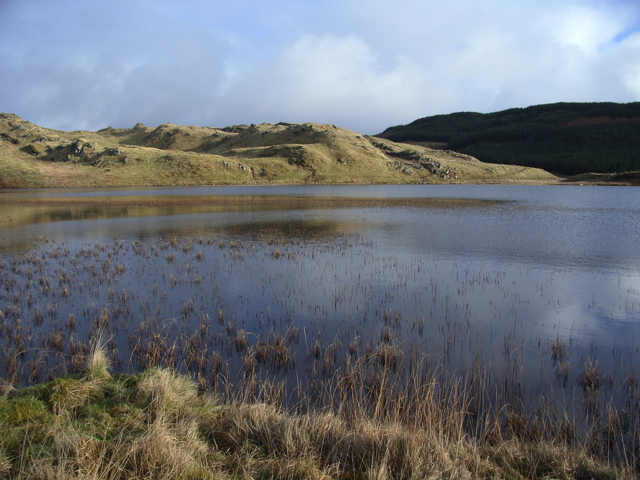 Lochan Fearphorn from the shore