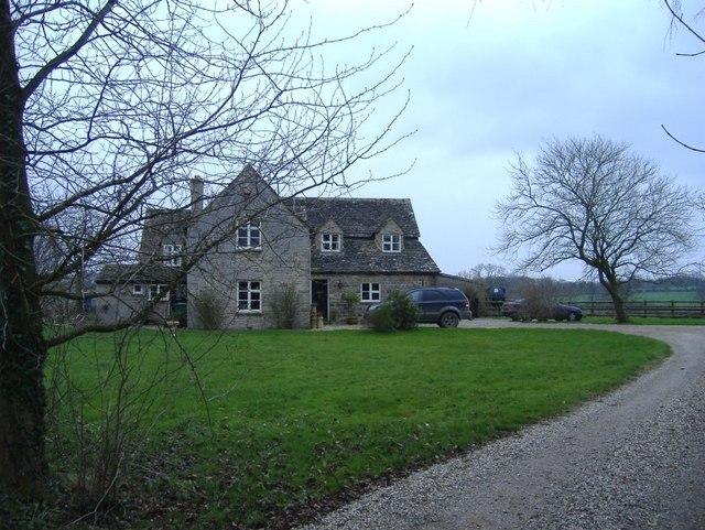Woburn cottage, Minety