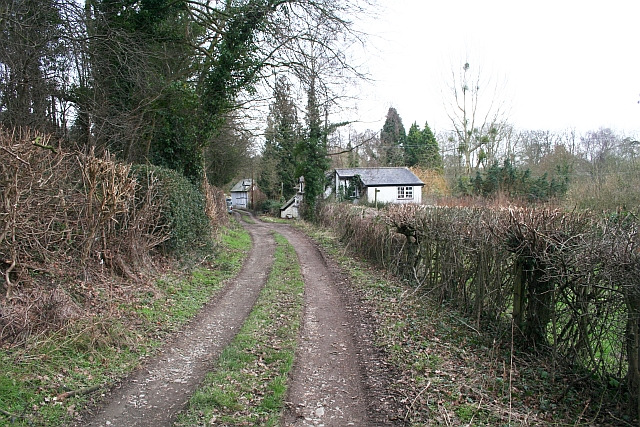 Old Road to Mathon Court