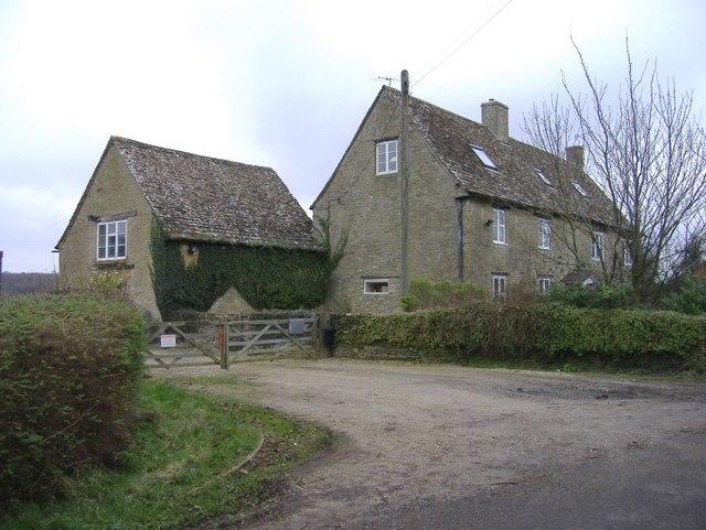 Laurel farm, Cloatley End