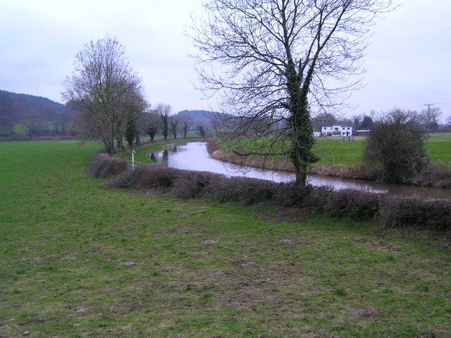 Trent & Mersey Canal with Wolseleybridge Farm