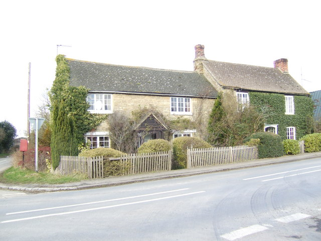 Cottages at Cote crossroads