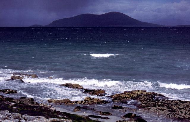Shoreline below Beinn Shleibhe