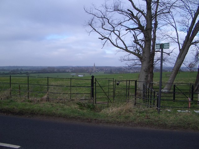 Footpath to Olney from Clifton Pastures