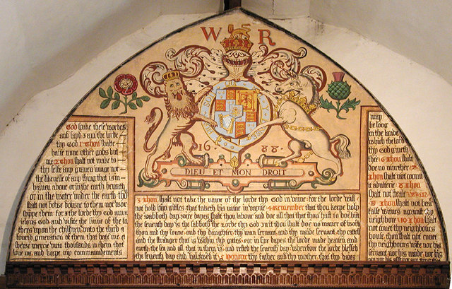 St Mary, Fordwich Kent - Royal Arms