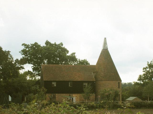 Mile Oak Oast, Mascalls Court Lane, Paddock Wood, Kent