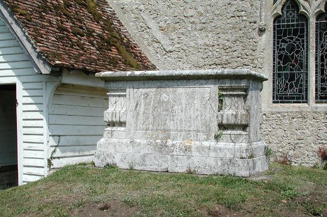 St Mary, Smeeth, Kent - Churchyard