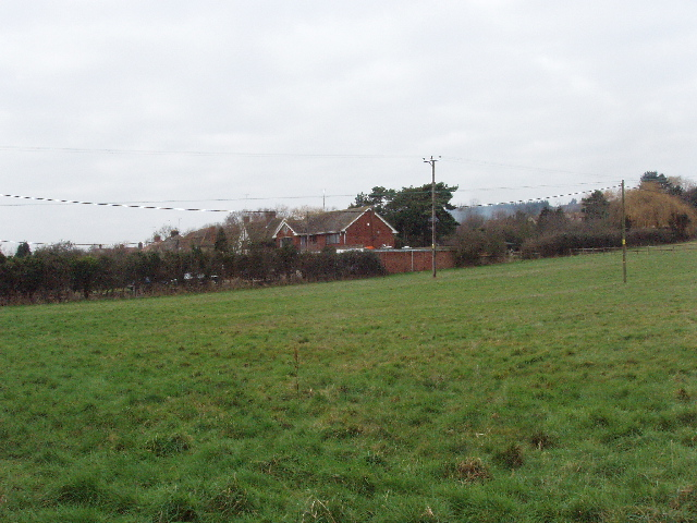 Houses and field by Brookside, Horspath