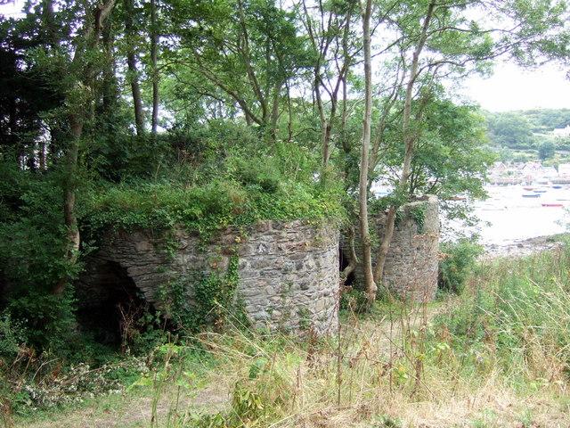 Limekilns below Carreg yr Eos