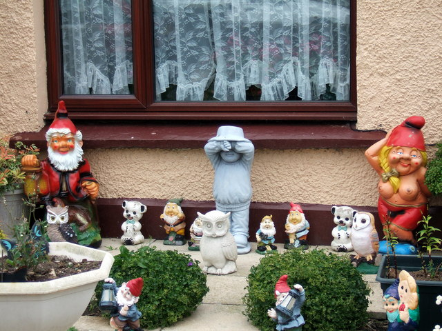 Gnomes, Harbour Village