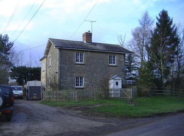 Station house, Great Somerford
