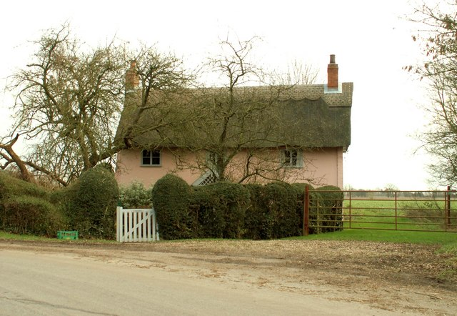 Thatched cottage at Southolt