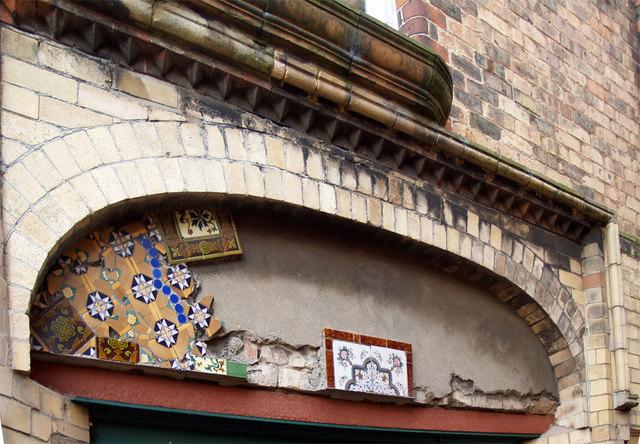 Farrago, 6 Wilton Road, Hornsea - Tiling Fragment