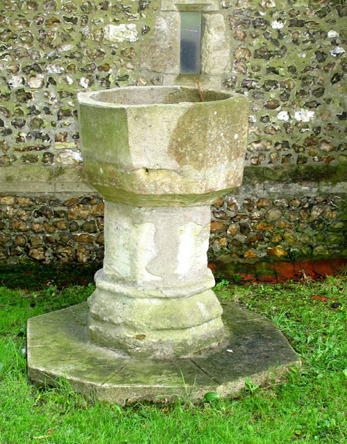 St Mary, Stansted, Kent - Redundant font