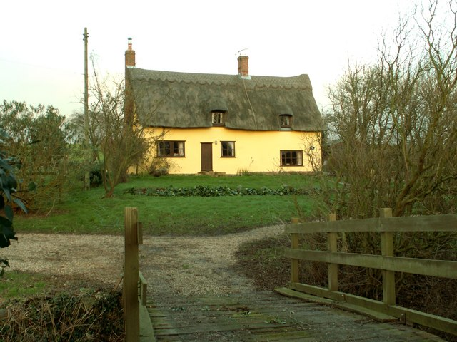 Thatched cottage near to Monk Soham