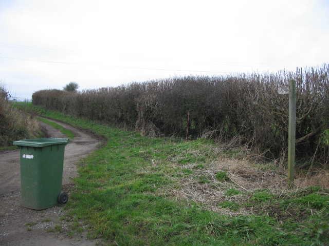 Public footpath near New Barn Cottages