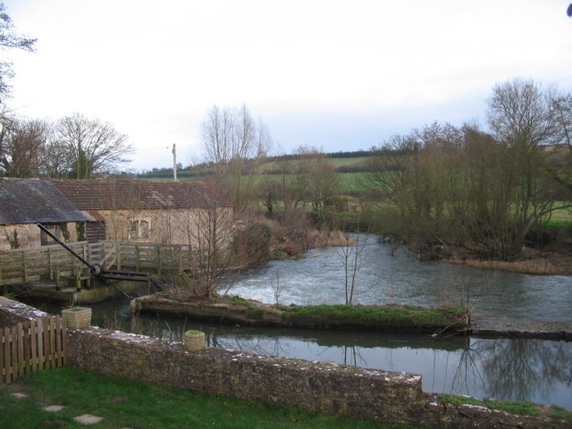 Weir and mill at Lullington