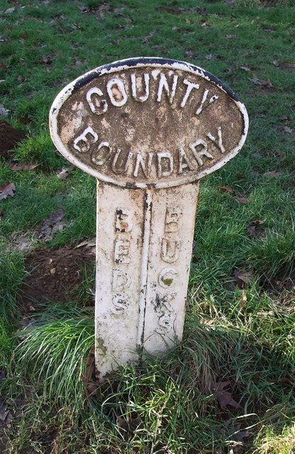 Beds Bucks Boundary Post