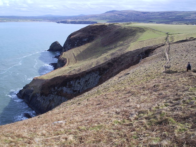Above Pwll Glas on Dinas Head