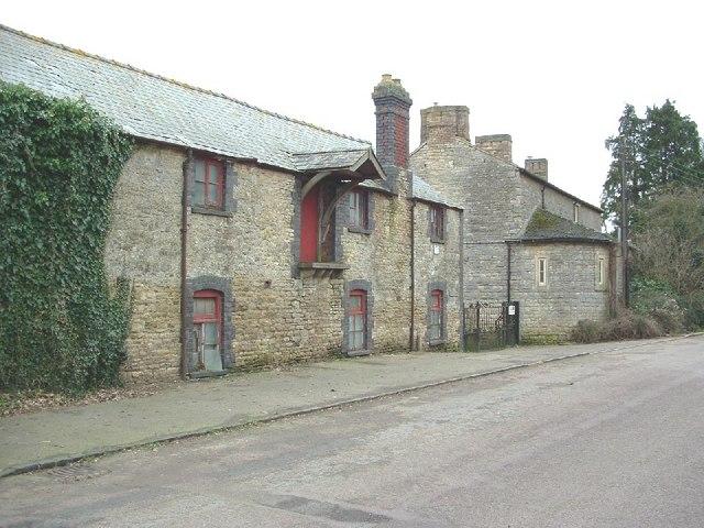 Whitfield, Manor Farm