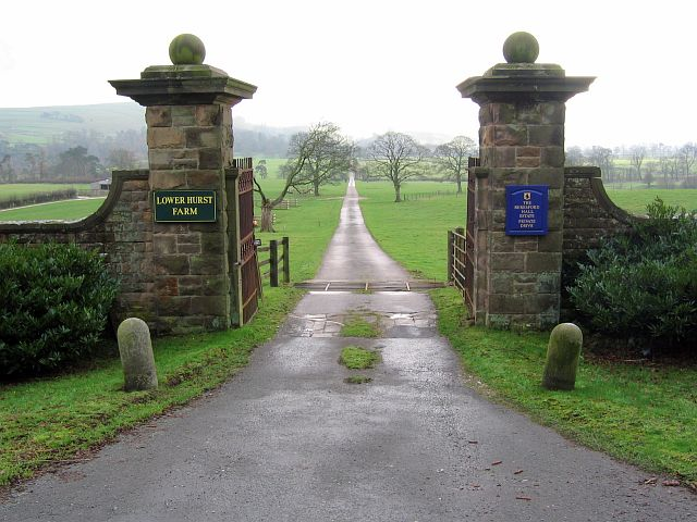Entrance to Lower Hurst Farm