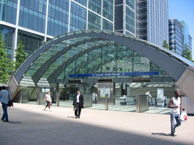 Entrance to Canary Wharf Underground Station