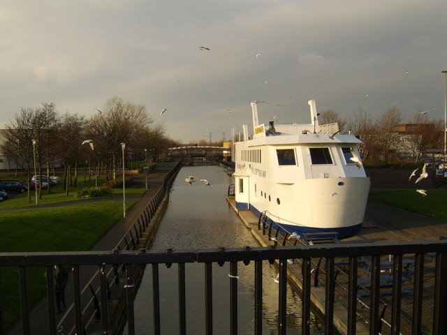 Forth and Clyde Canal form Argyll Road