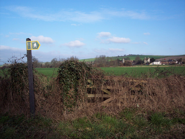 Footpath to South Newton Mill