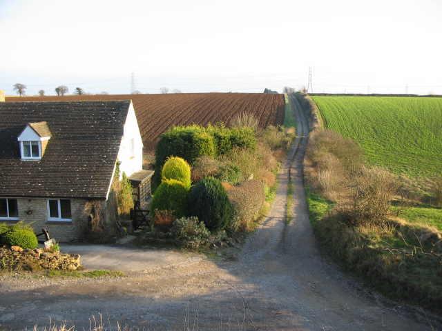 Bridleway by Kington Down Cottage