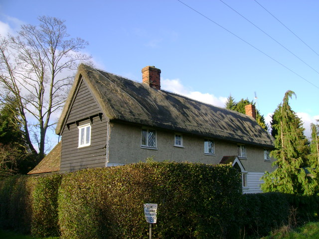 Thatched cottage near Stansted Airport
