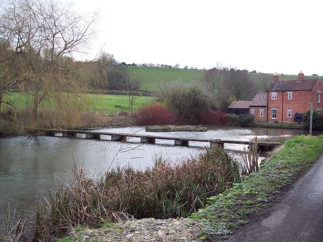 Footpath across the pond at Sherrington