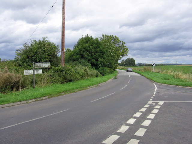 Road Junction near North Kelsey