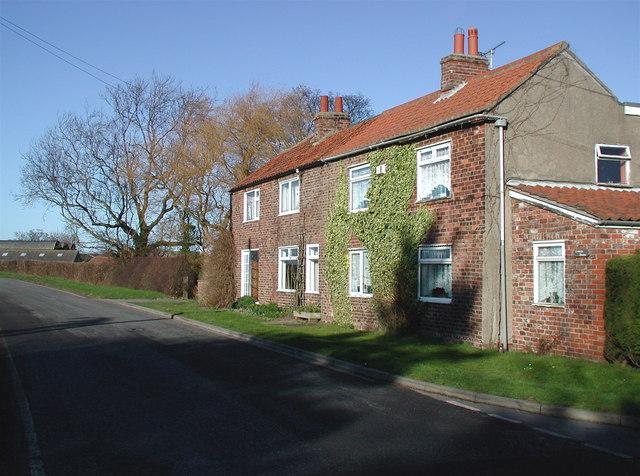 Corner House, Roos