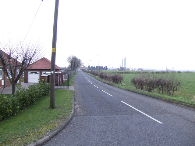 Road to Brigg Power Station