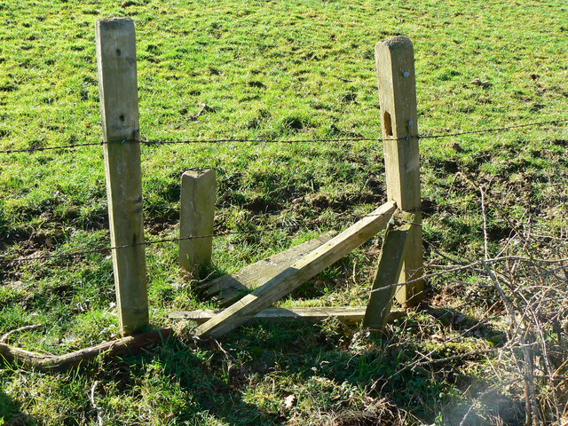 Broken stile, between Kingstones and Park Farms, Savernake