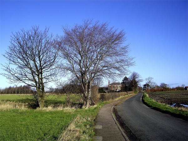 Giddygate Lane and Moorfield House, Melling