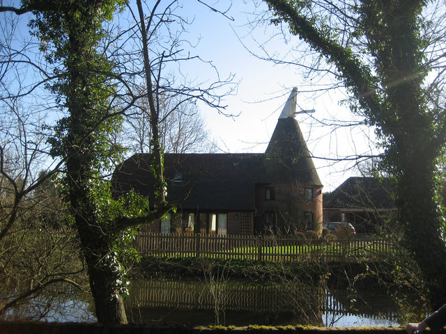 Little Oast, Battle Road, Marden, Kent