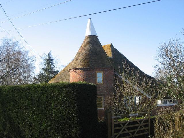 Wanhurst Oast, Battle Road, Marden, Kent
