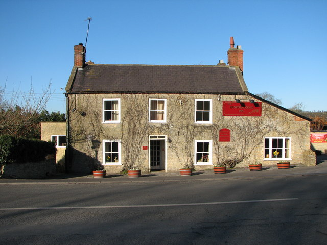 Hunter's Lodge Inn Leigh Common Near Wincanton On Old A303