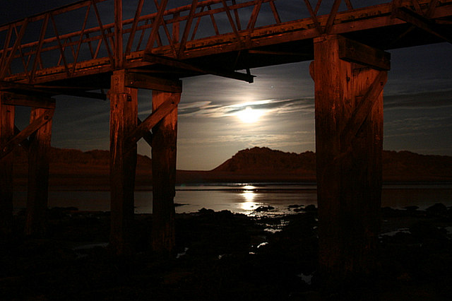 Moonlight under the Seatown Bridge.