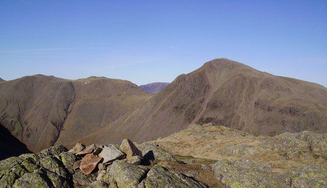 Summit Cairn, Middleboot Knotts